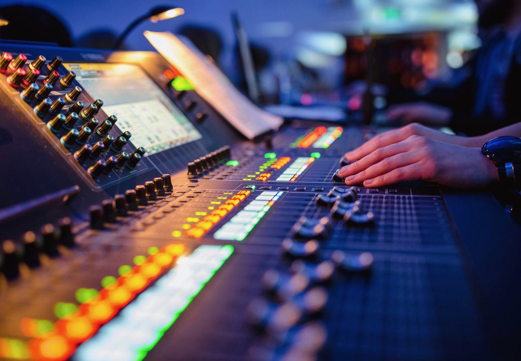 Качественное звуковое сопровождение на корпоративе